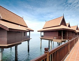 Berjaya Langkawi Beach Resort ***** - Sita Beach Resort **** - Bangkok Palace Hotel ****
