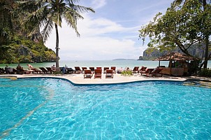 Railay Bay Resort ***+ - Bangkok Palace Hotel ****