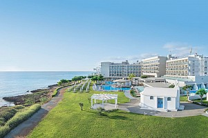 Hotel Pernera Beach