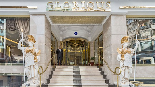 HOTEL GLORIOUS