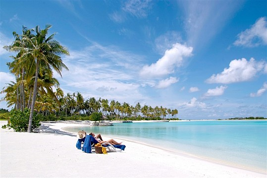 Olhuveli Beach & SPA Resort (3)
