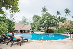 Ko Tao Coral Grand Resort *** - Aloha Resort *** - Bangkok Palace Hotel ****