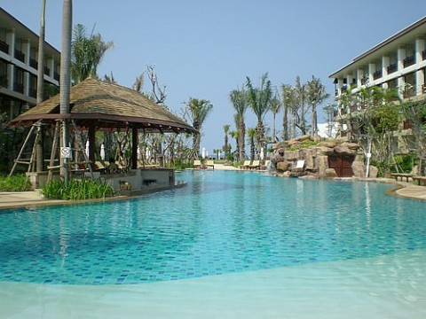 Ravindra Beach Resort & Spa (2)