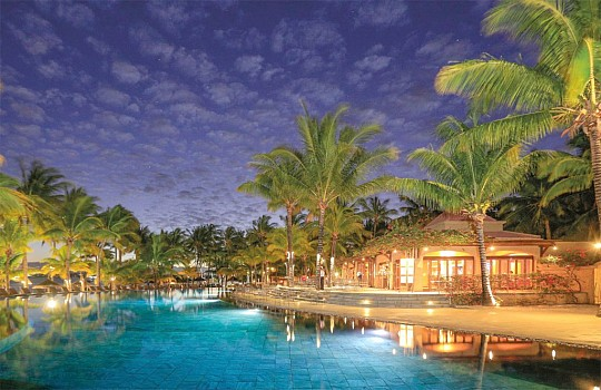 Mauricia Beachcomber Resort & Spa