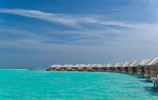Cocoon Maldives Resort (2)
