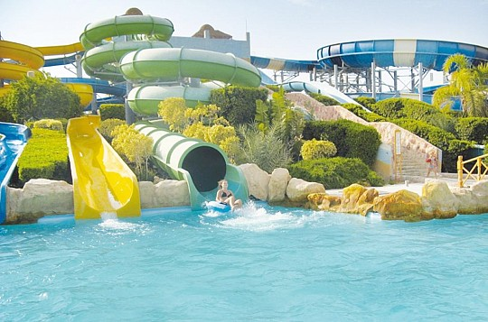 TITANIC AQUAPARK RESORT (4)