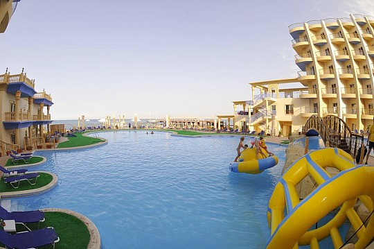 SPHINX AQUA PARK BEACH RESORT (3)