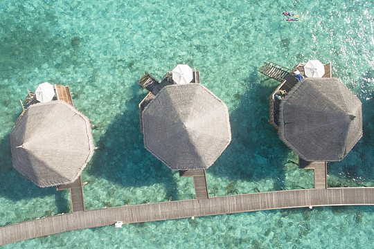 Angaga Island Resort & Spa (4)