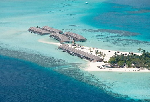 Constance Moofushi Resort Maldives
