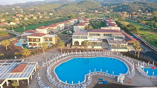 Hotel Almyros Beach Resort