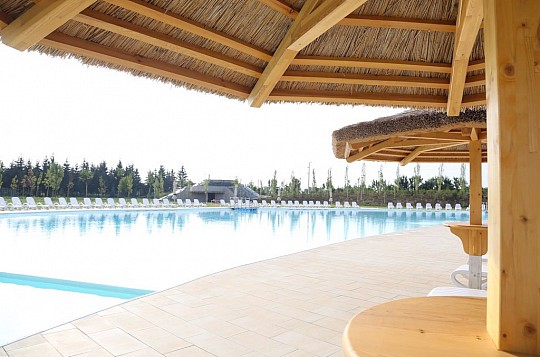 hotel MJUS World resort & Thermal Park s wellness a bazény